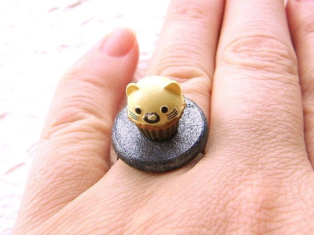cat cupcake ring