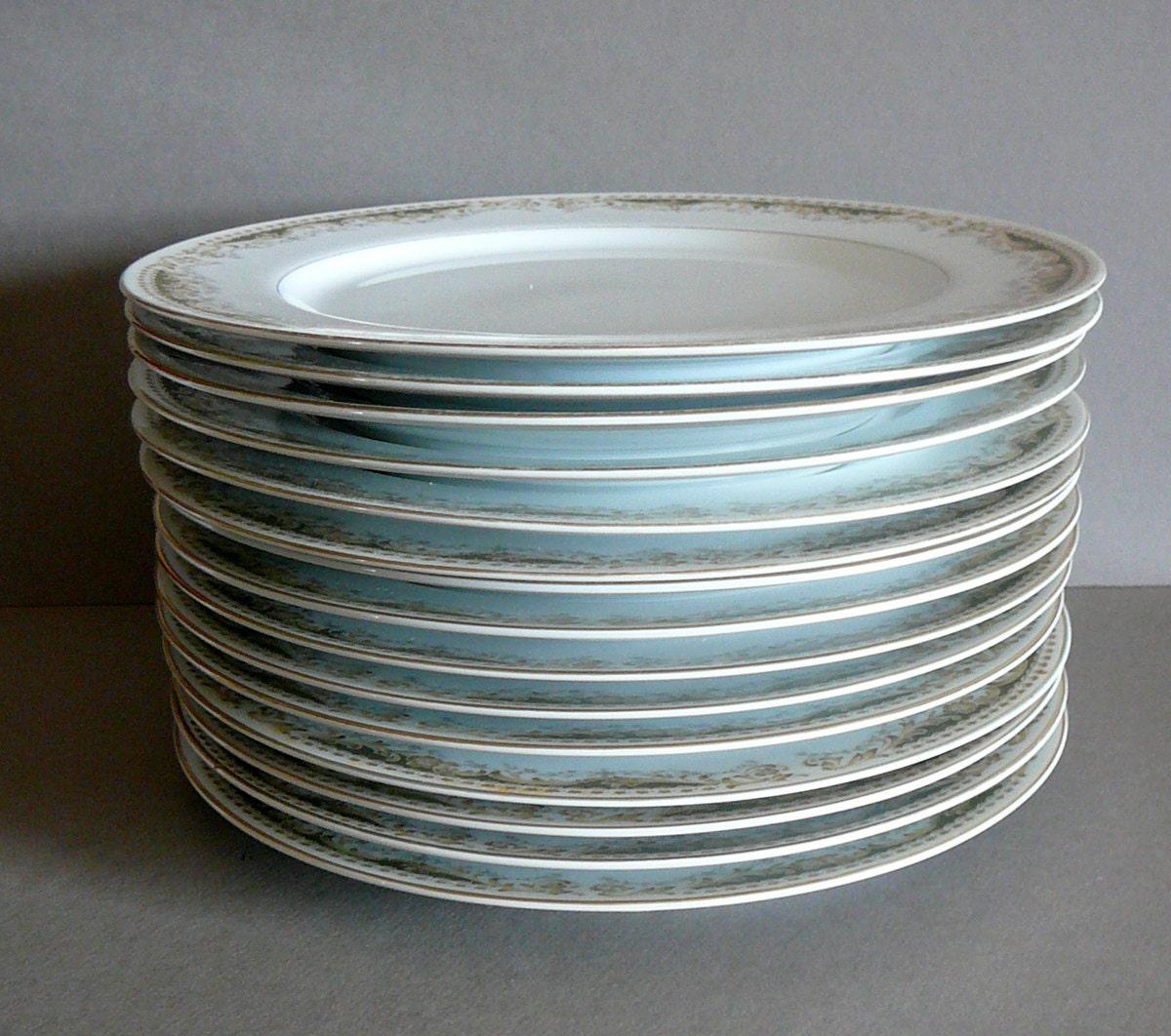 SALE 30 OFF Vintage Japan Dinner Plates Set Of By EvelynnsAlcove