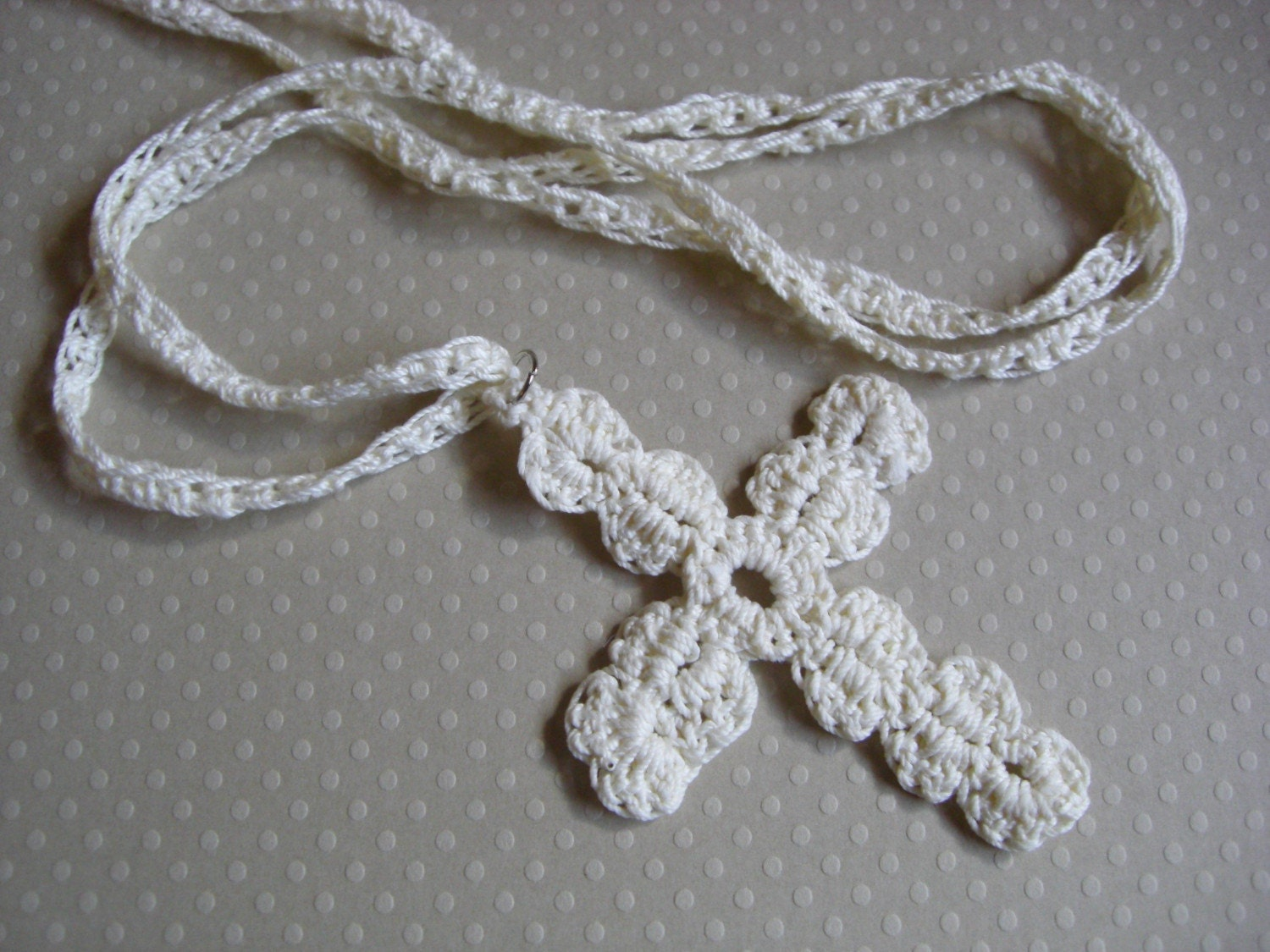 Crochet Cross : Easy Crochet Cross Bookmark for Pinterest