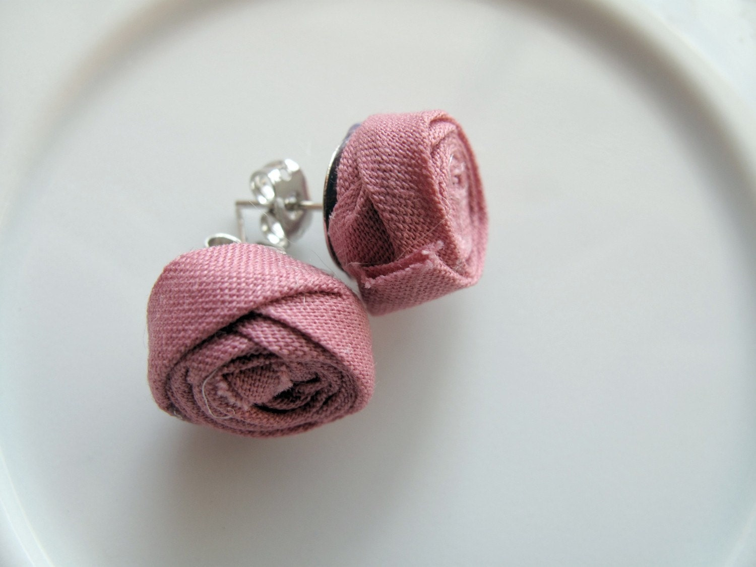 Bias Tape Rosette Earrings- Rose