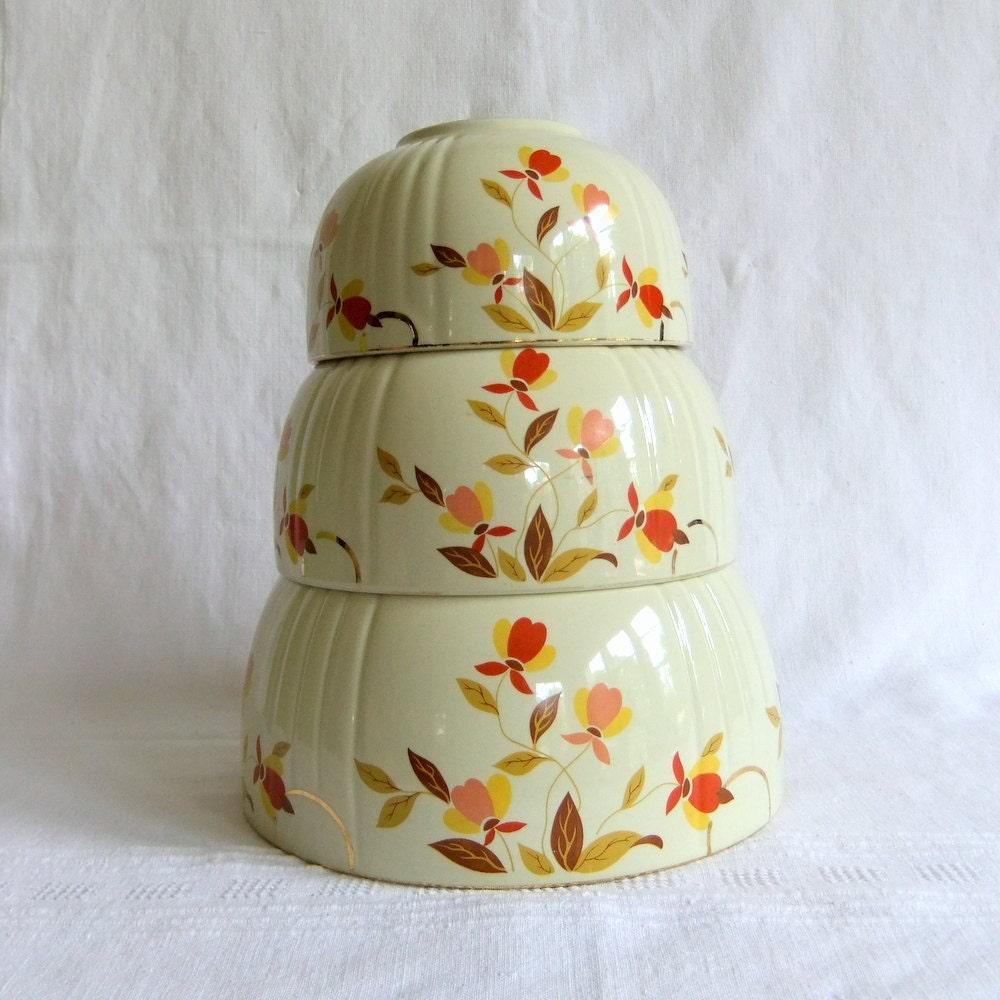 3 Hall Autumn Leaf Mixing Bowls Vintage By Venerablepastiche