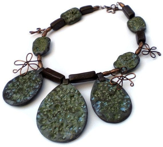 Jungle green stones necklace 20% off