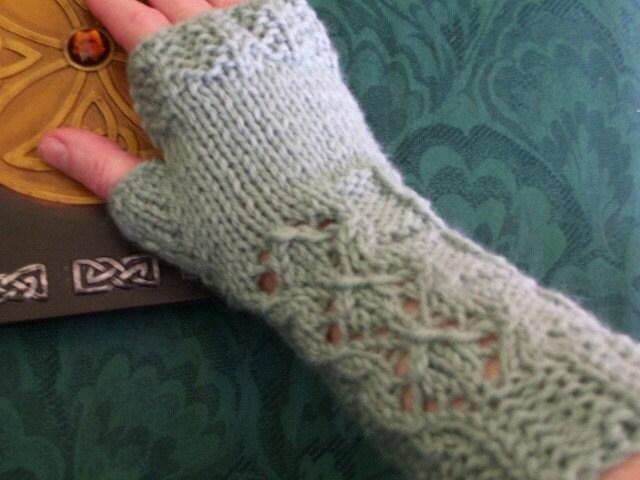 Delicate Desire Fingerless Gloves Knit Pattern