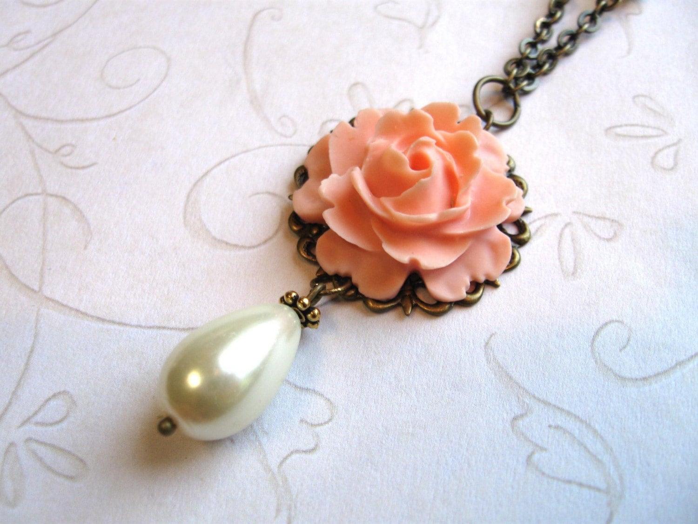 Garden Wedding Pearl Necklace, Peach