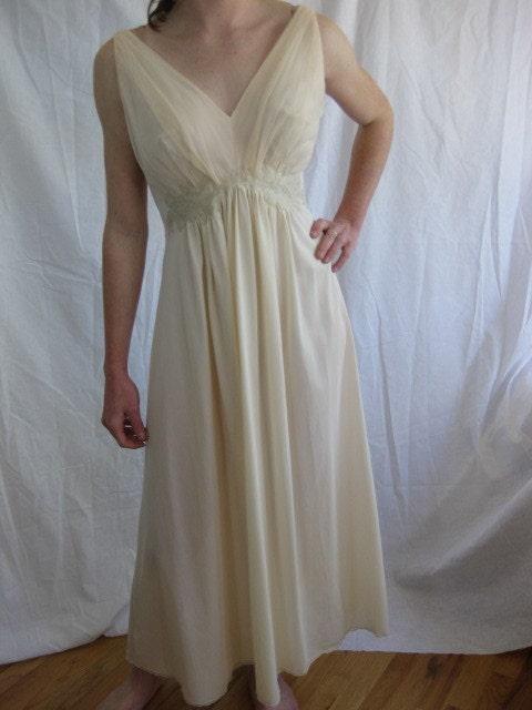 Vintage Van Raalte Nylon Chiffon Grecian Gown 42 44