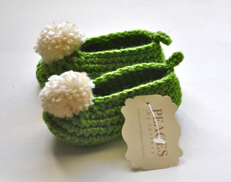Green & White Fairy Baby Shoes (chaussures pour bébés bébé bottes chaussures bébé chaussons bébé butin cadeau nouveau-né babyshower grossesse cadeau bébé