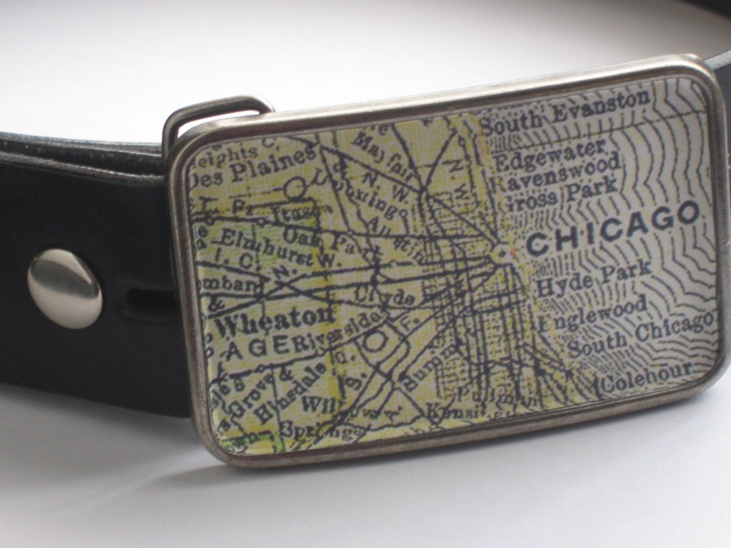Chicago Vintage Map Belt Buckle - GIFT WRAP INCLUDED - Travels - Vintage Finish hyde park engelwood gross park ravenswood edgewater south chicago