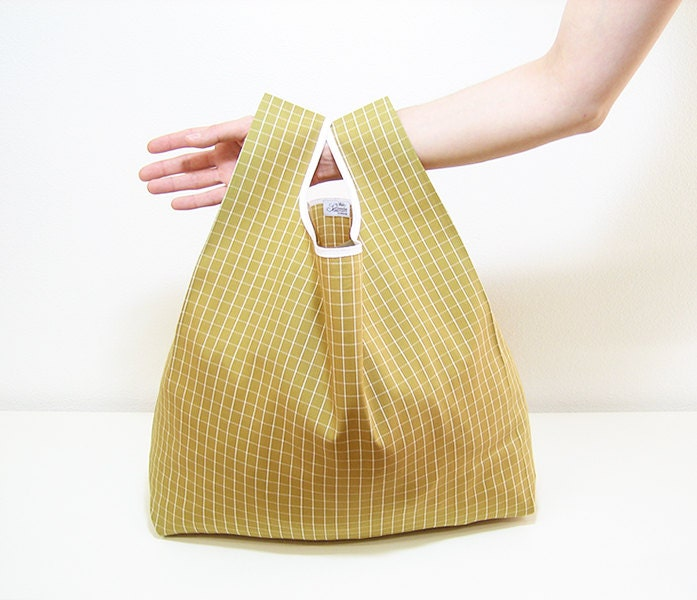 Mustard shopping bag handmade with squares cloth tot bag fold into a triangle and edged in white ribbon country style - AtelierSettembre