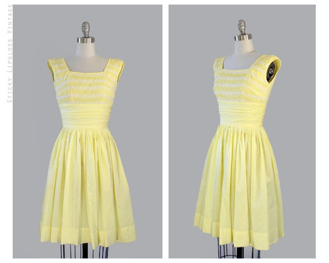 1950's pastel yellow. lace. cotton. pleats. Lemonade For Sale Dress. VINTAGE.