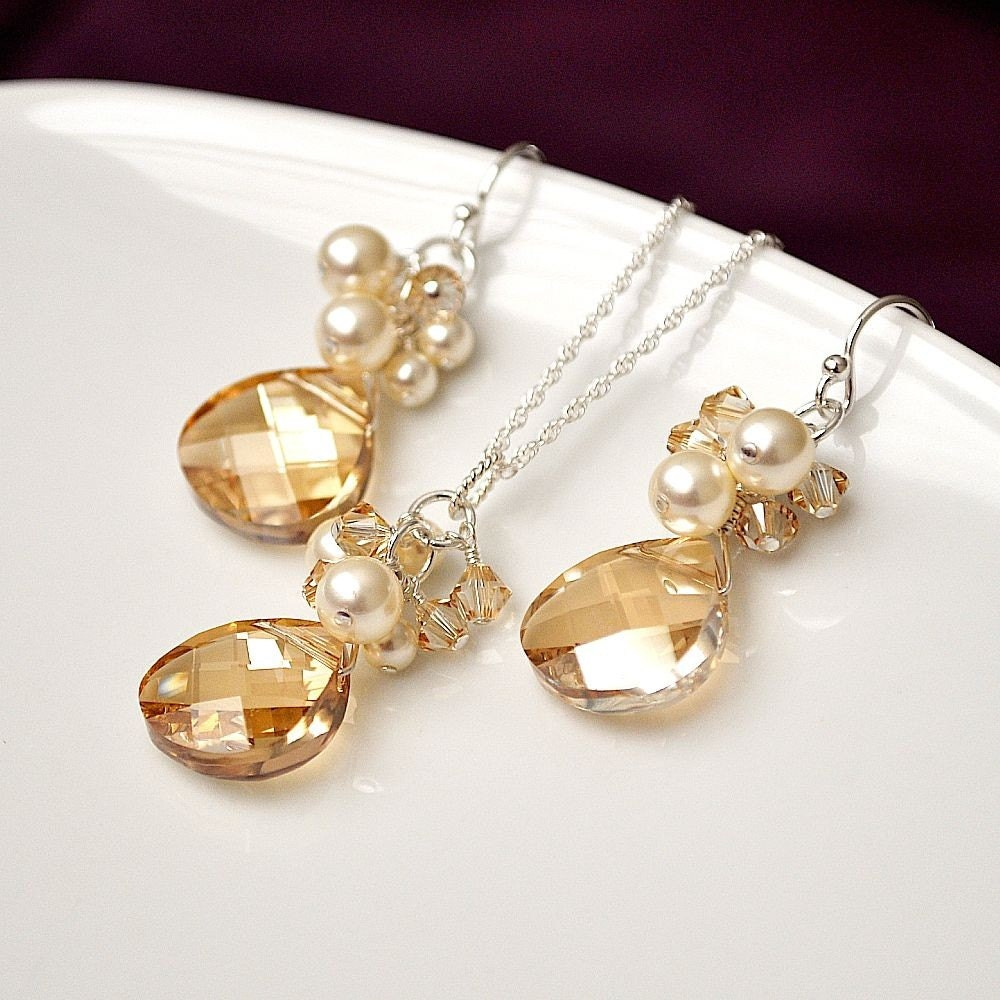 httpswwwetsycomlisting86799932bridesmaid jewelry sets silver pearl set