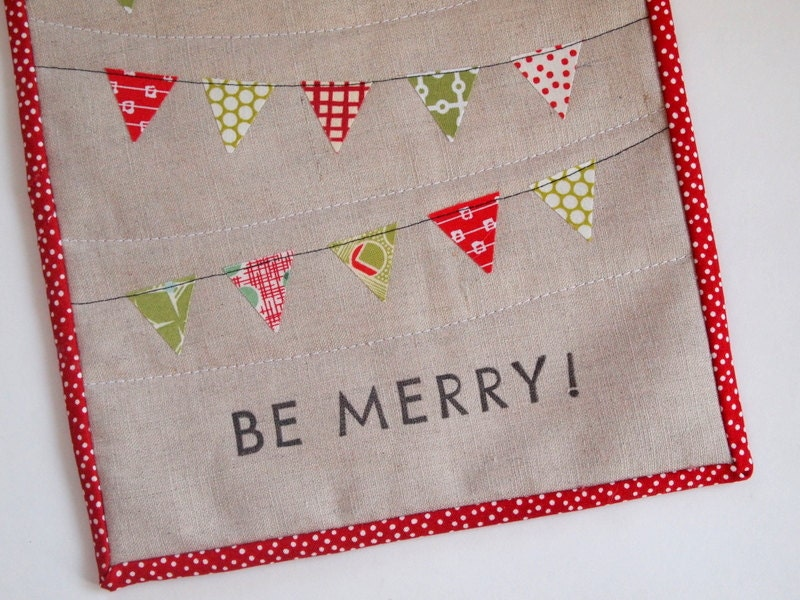 Be Merry- a holiday pennant mini quilt