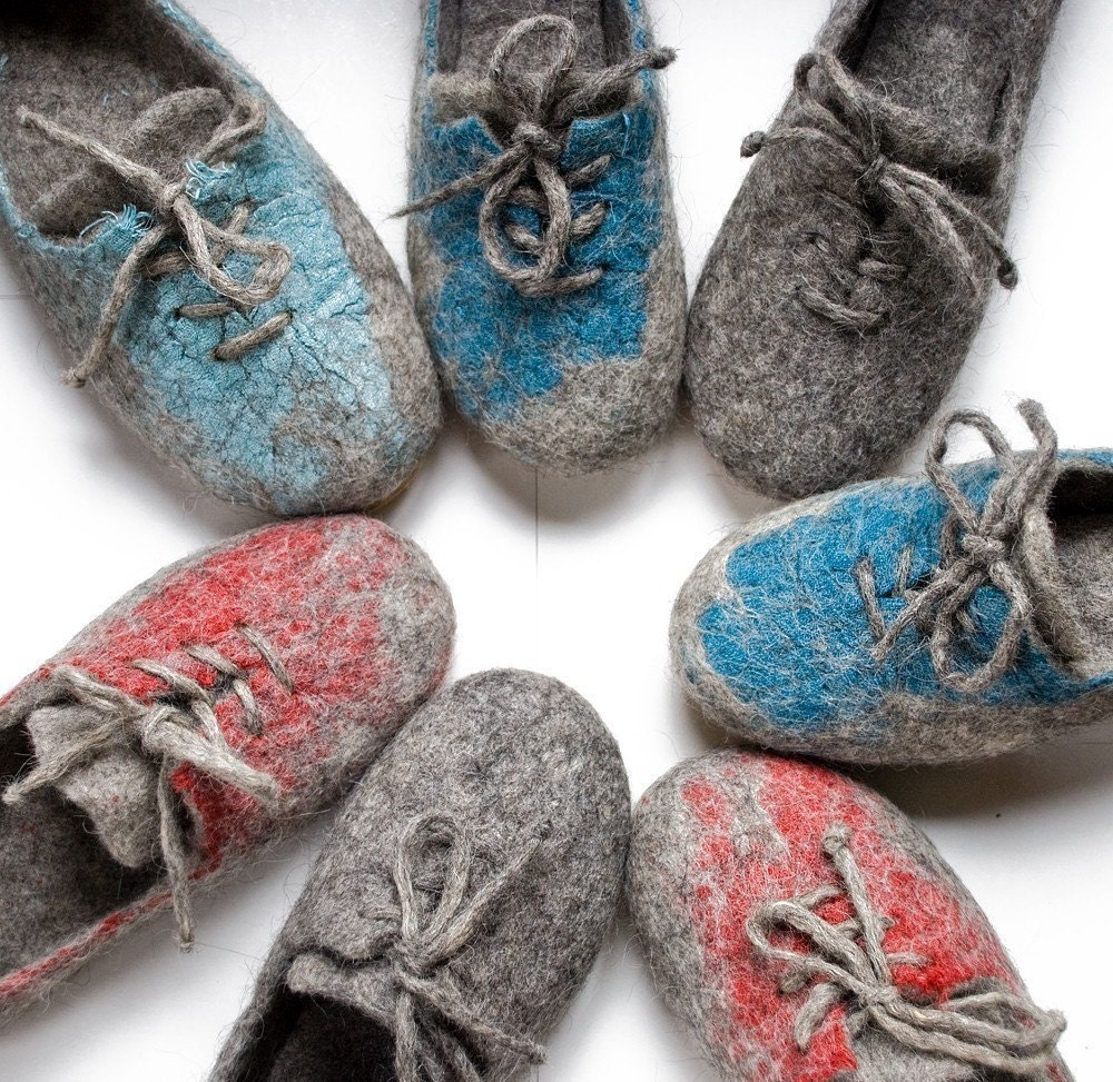 Ecological felt slippers - sneakers of Lithuanian  local coarsewooled sheep wool