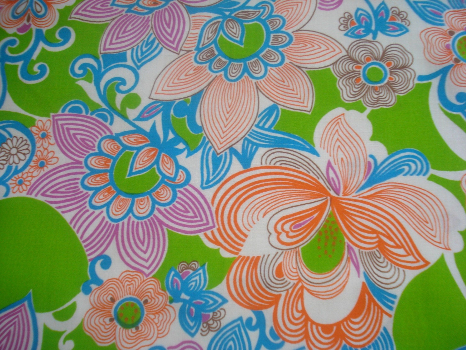 3yds Psychedelic Floral Print Cotton Fabric