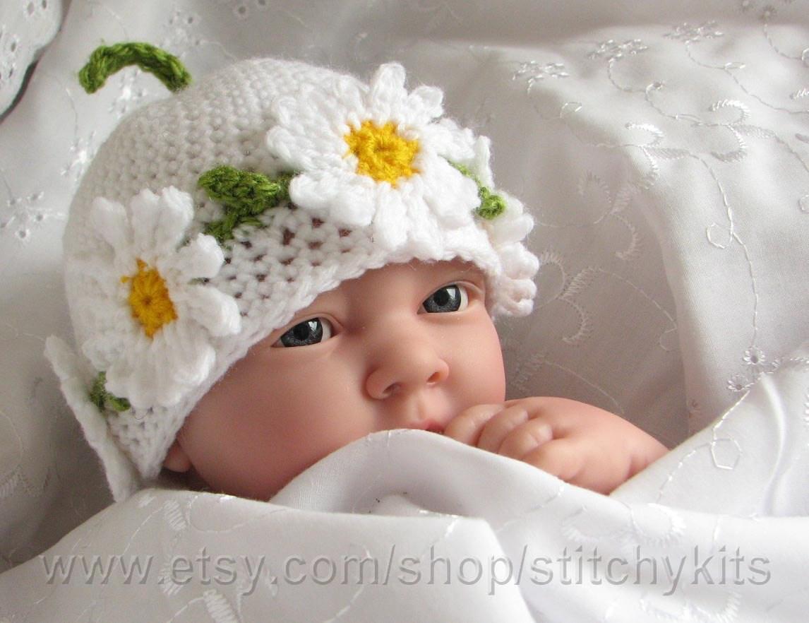 Daisy Crochet Baby Hat Pattern : Crochet pattern for Daisy Chain hat in 4 by ...