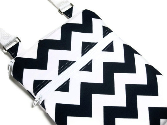 Black and white chevron cross body shoulder sling adjustable strap travel vacation wallet purse small blue white - forkeepsamanda