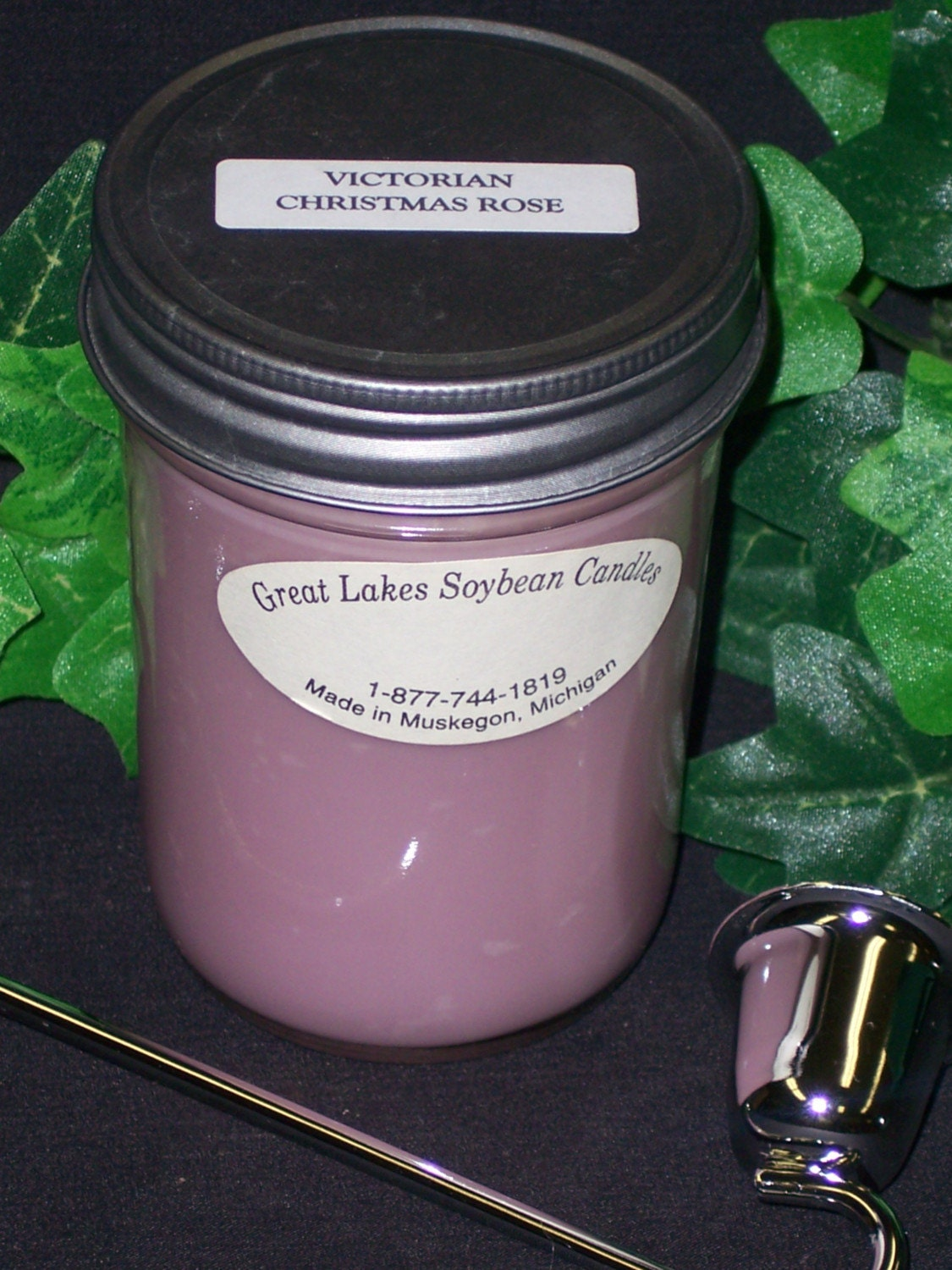GREAT LAKES SOYBEAN CANDLES VICTORIAN ROSE 8 OZ JAR THIS IS THE STRONGEST ROSE SCENT THAT I CARRY IF YOU LIKE ROSE THIS IS FOR YOU