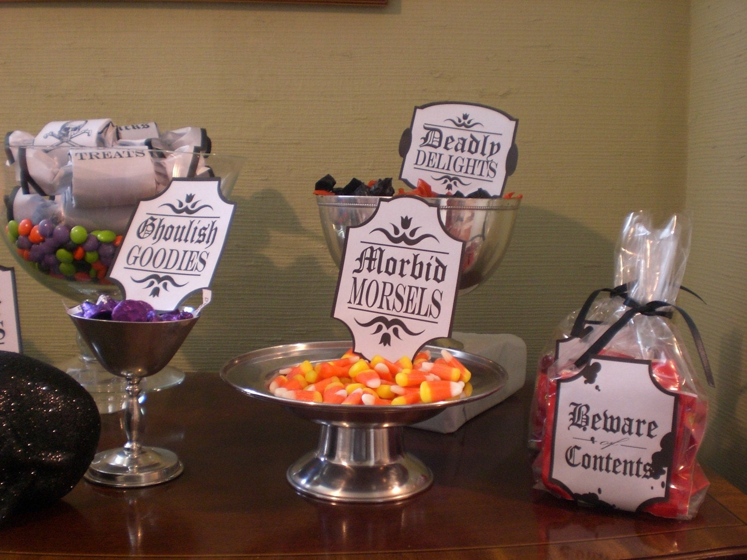 marishortstuff is a couture wedding shop on esty but i was pleasantly surprised to see that she is making these custom labels for your halloween drinks and - Halloween Punch Names
