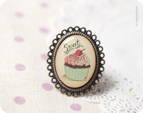 Pink Cupcake ring - Free Worldwide shipping - Made to Order