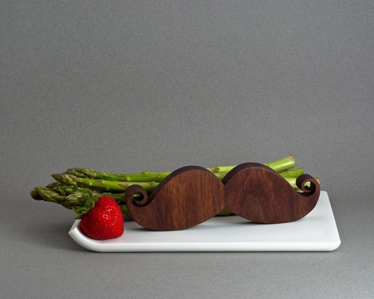 Moustache salt and pepper from Paper Doll Wood Shop