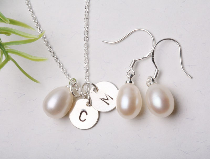 AAA Grade Freshwater Pearls Necklace and Earrings,Personalized initials,Bridesmaid,Couple,Anniversary,Birthday gift,
