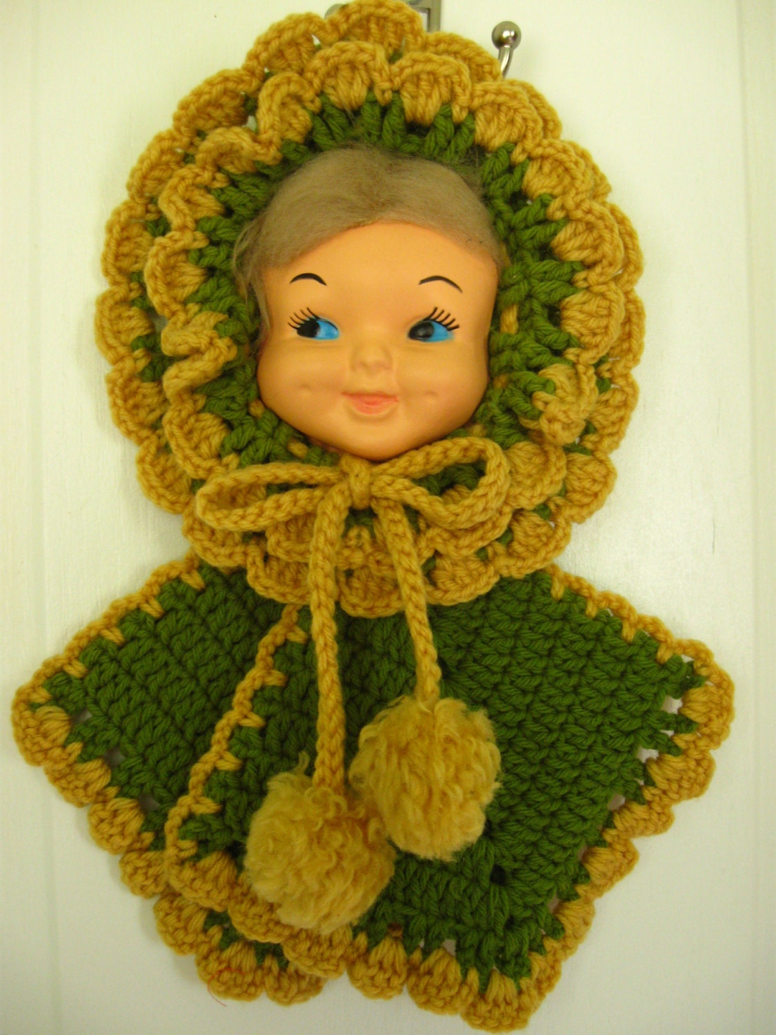 vintage crochet doll face potholder
