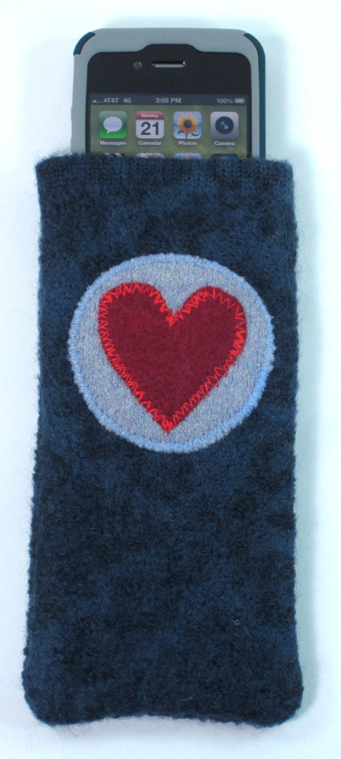 blue iphone cozy, iphone case with applique heart in a circle - recycled sweater, felted wool, eco friendly, one of a kind - wantknot