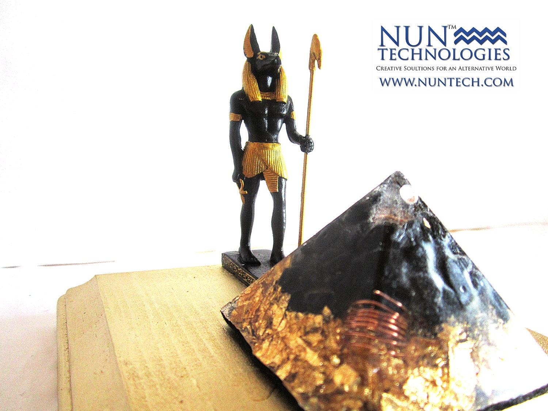 pyramid anubis
