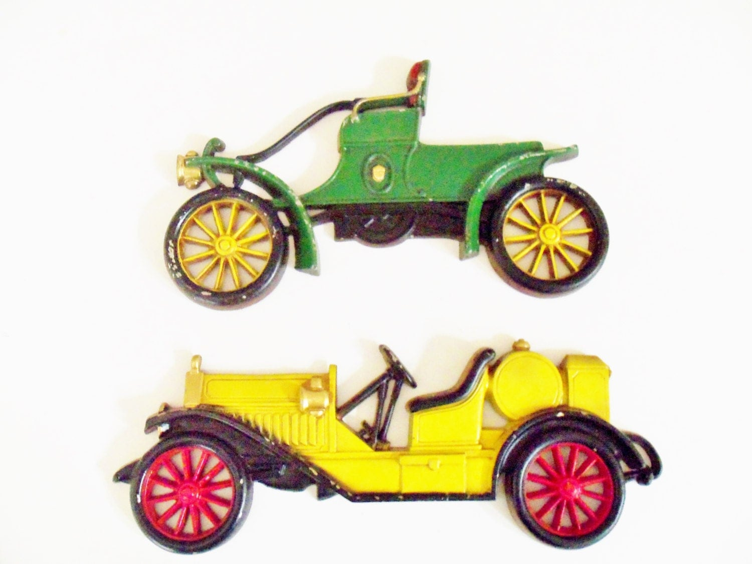 Wall decor old antique cars cast iron metal by thevintageporch for Antique car decor