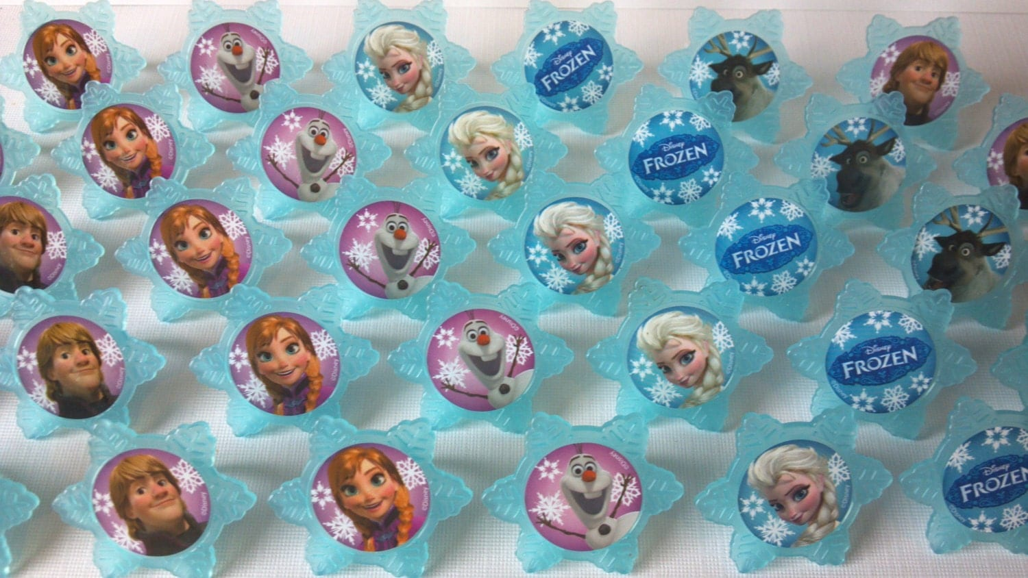 Frozen cupcake rings picks or cake toppers by aisforapronstrings