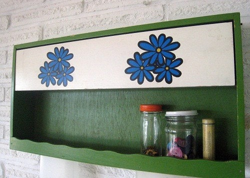 Vintage Wall Shelf Green with blue flowers