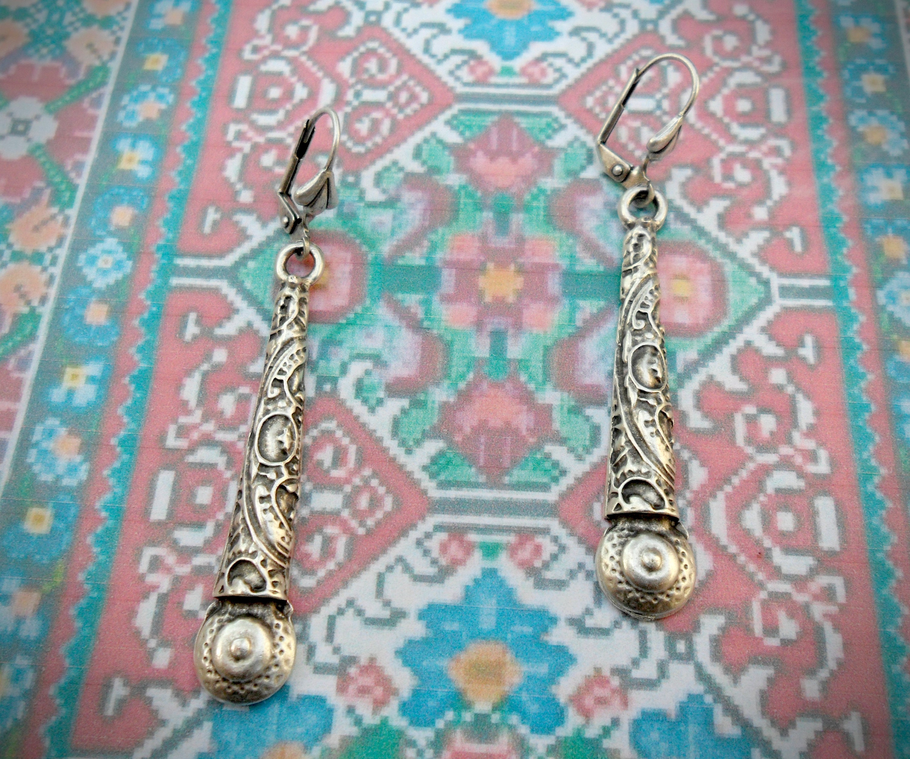 Long teardrop earrings oxidized silver plated antique silver ethnic pattern boho earrings leverback hooks drop earrings tribal look