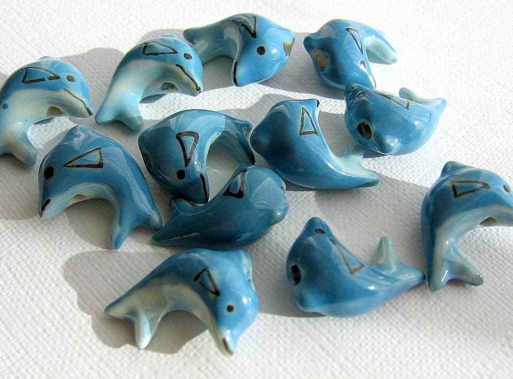 Ocean Blue Porcelain Dolphins (3 beads) - por031