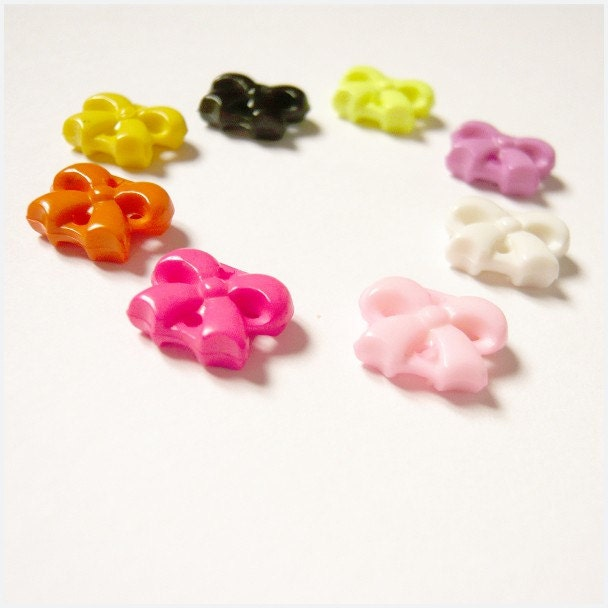 PICK YOUR COLOR - Ribbon Shaped Acrylic Beads - 6 pieces