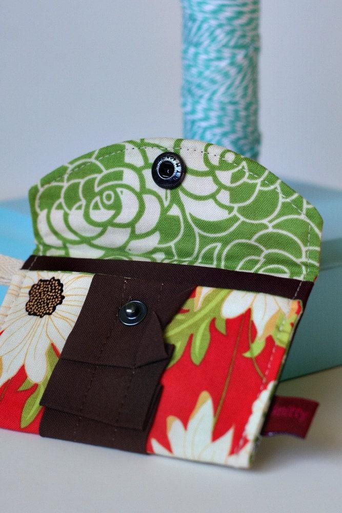 Oh Snap Mini Wallet (Ready to Ship)