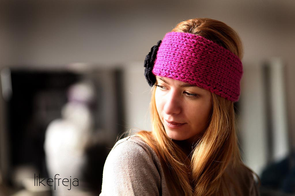 Pink knitted headband for teen and women/ Pink Chunky Earwarmer with black flower europeanstreetteam - LikeFreja