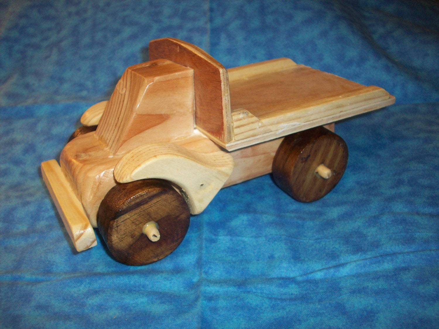 Wood Dump Truck from Kerrific Etsy Shop