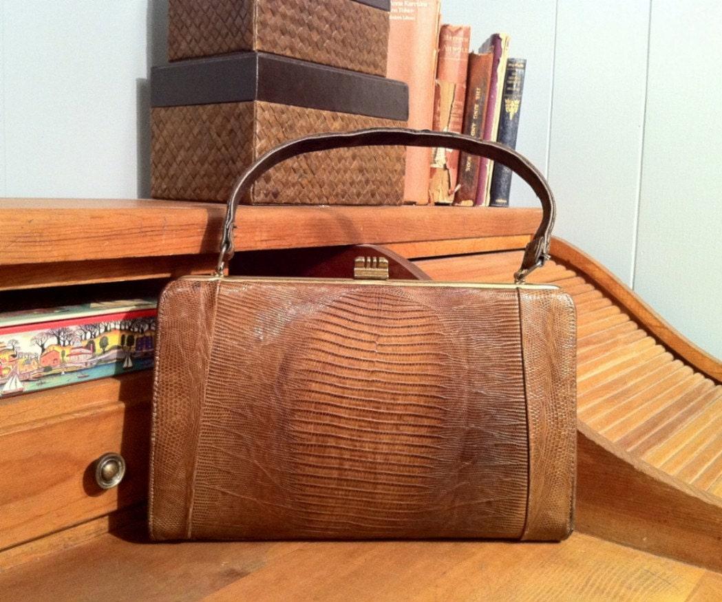 Vintage 1950s Alligator Purse - Kelly Style - Brown - Gold Hardware - Handbag