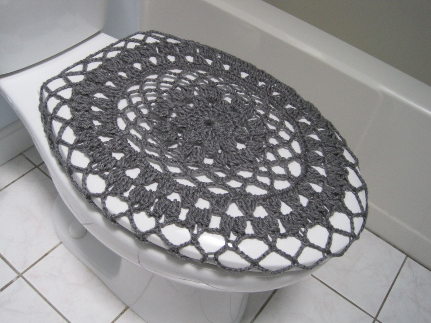 crochet toilet seat cover or crochet toilet tank lid by ytang. Black Bedroom Furniture Sets. Home Design Ideas