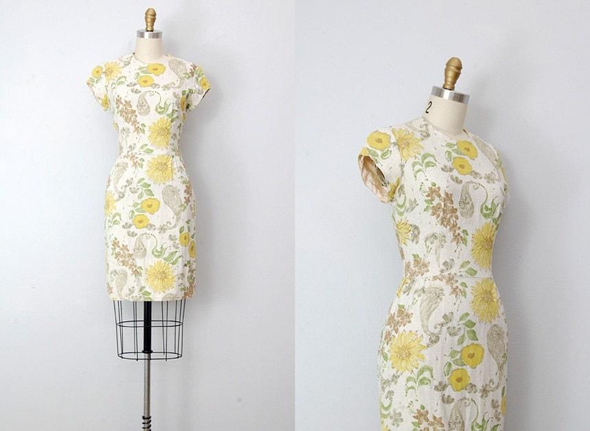 vintage 1960s dress / 1960s floral wiggle dress / floral 60s vintage dress