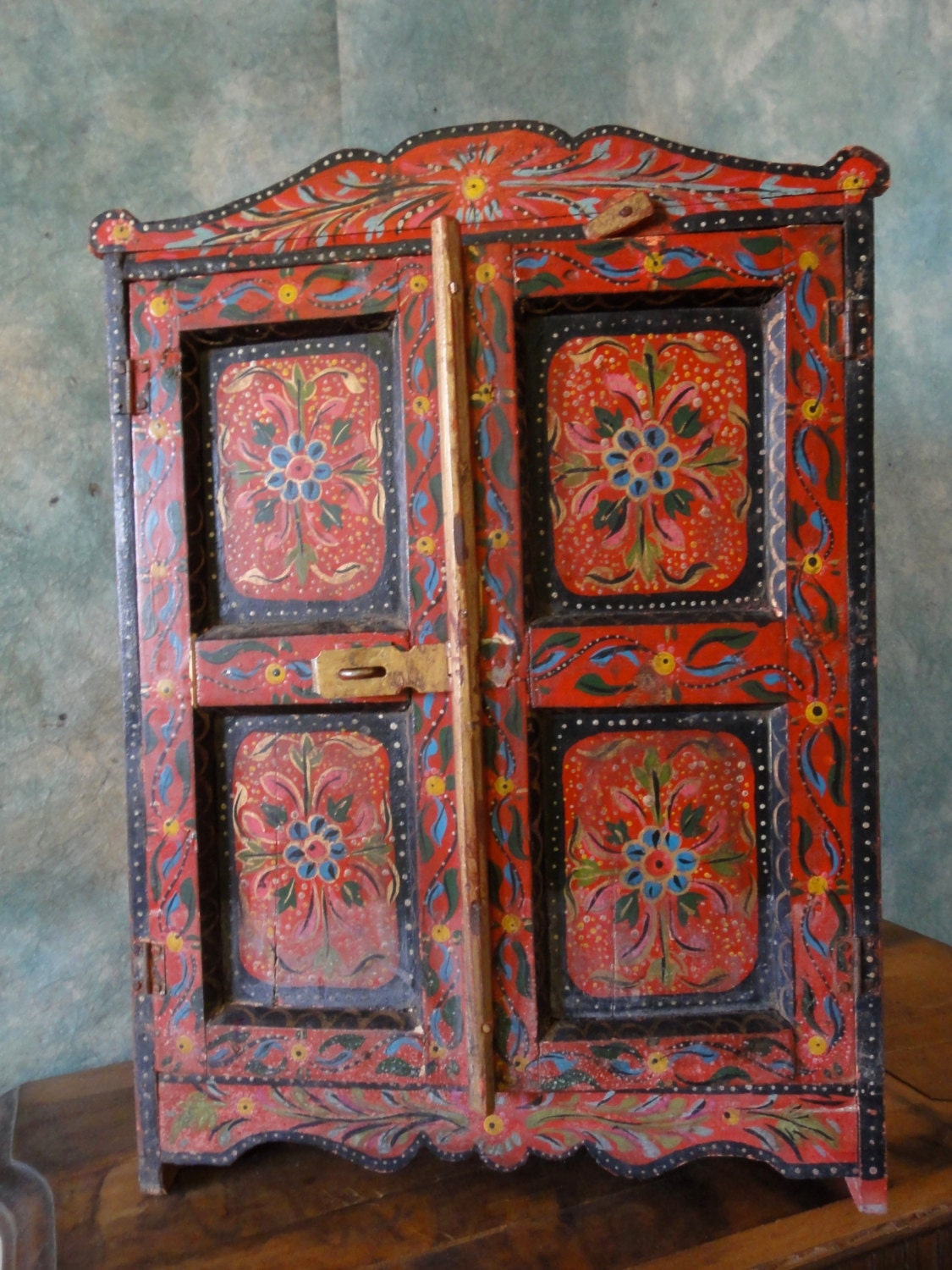 Primitive Vintage Red Wood Hand Painted Folk Art By