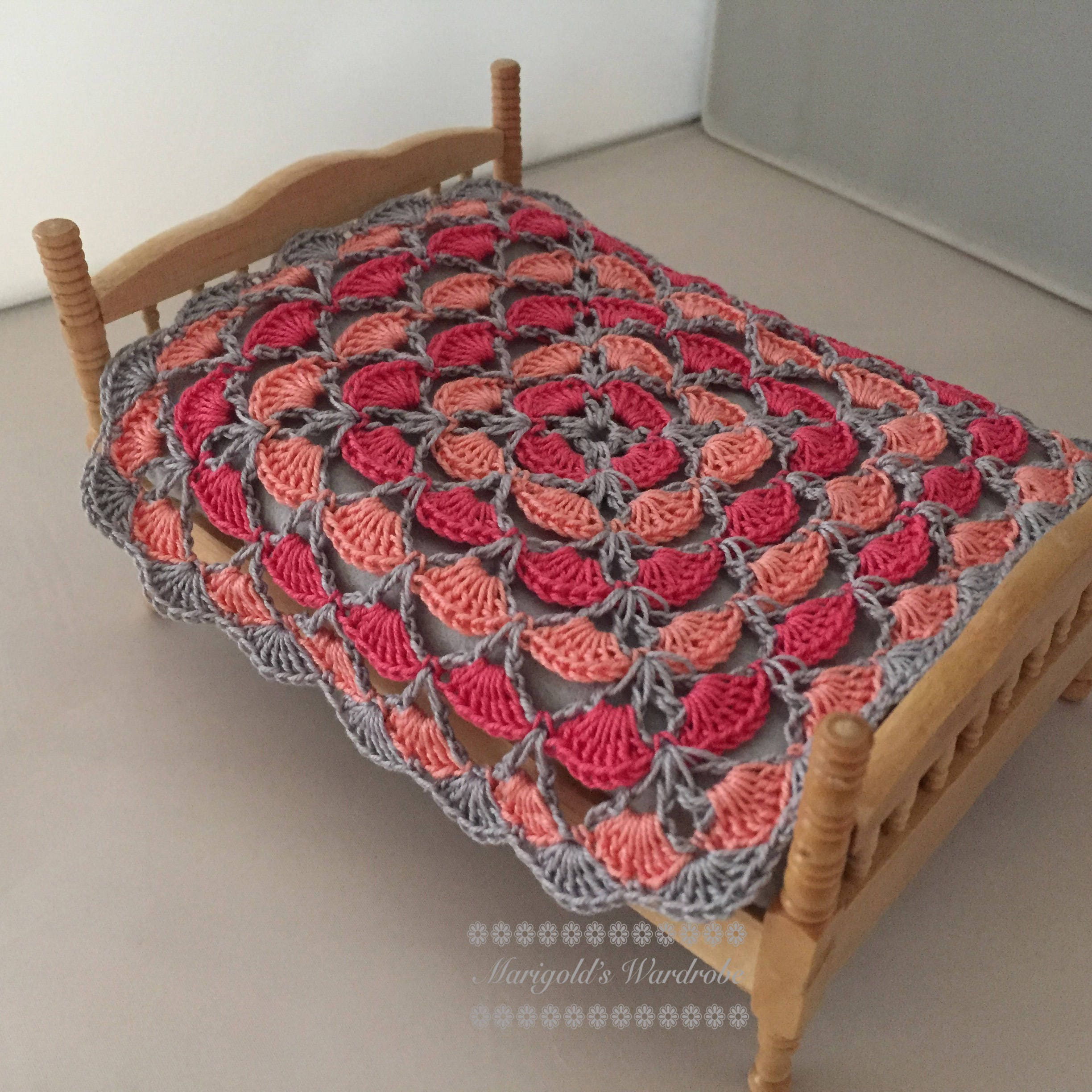 Marigolds Wardrobe  Pink and Peach 112th Scale Crochet Blanket Dolls House Throw
