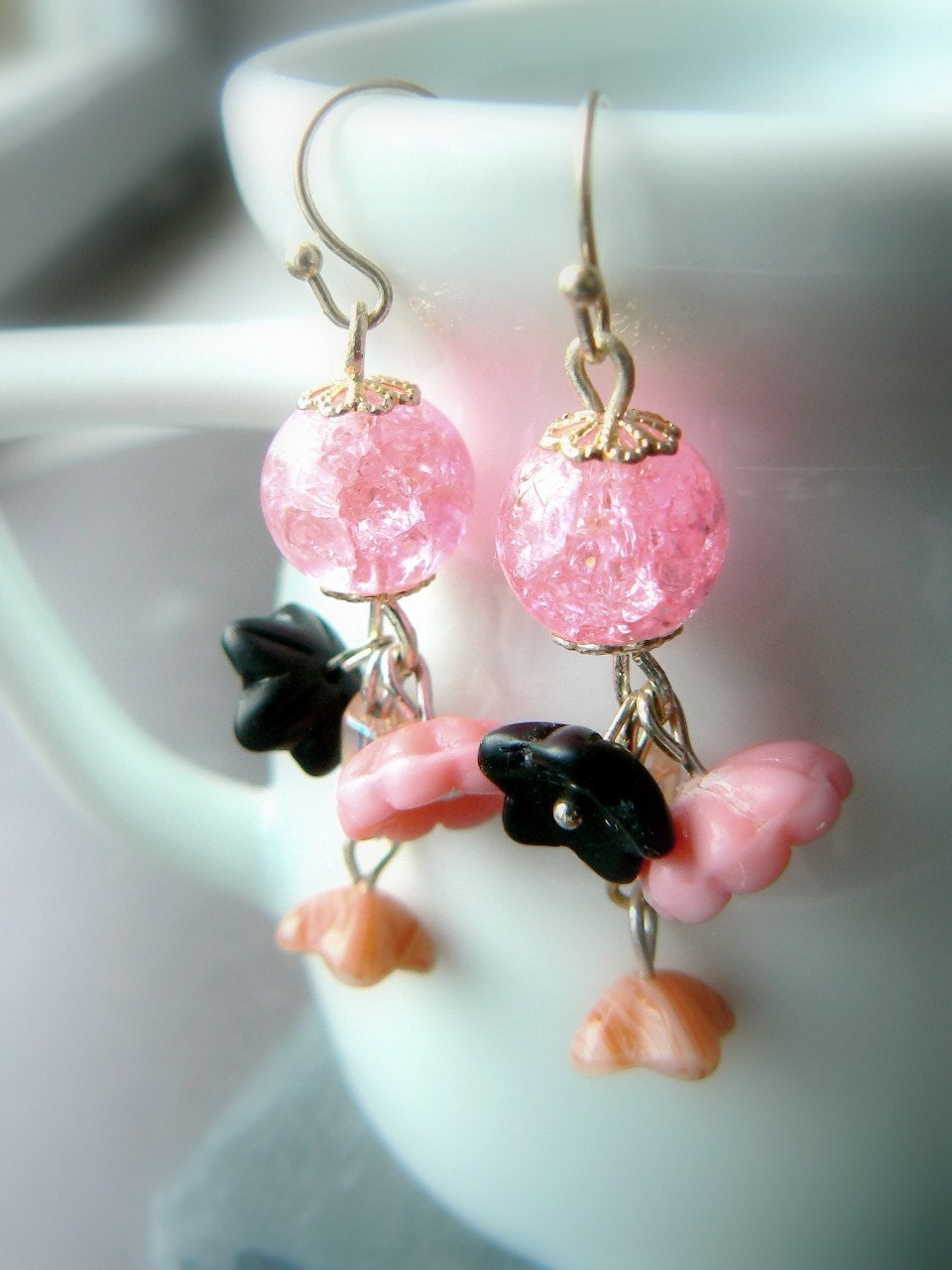SALE - Rosebud - earrings made of glass beads