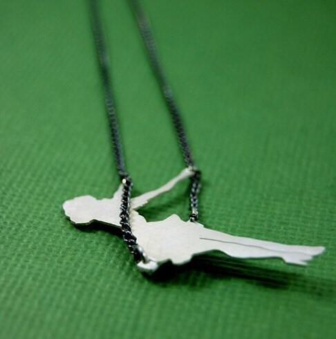 Swing Necklace by Markhed