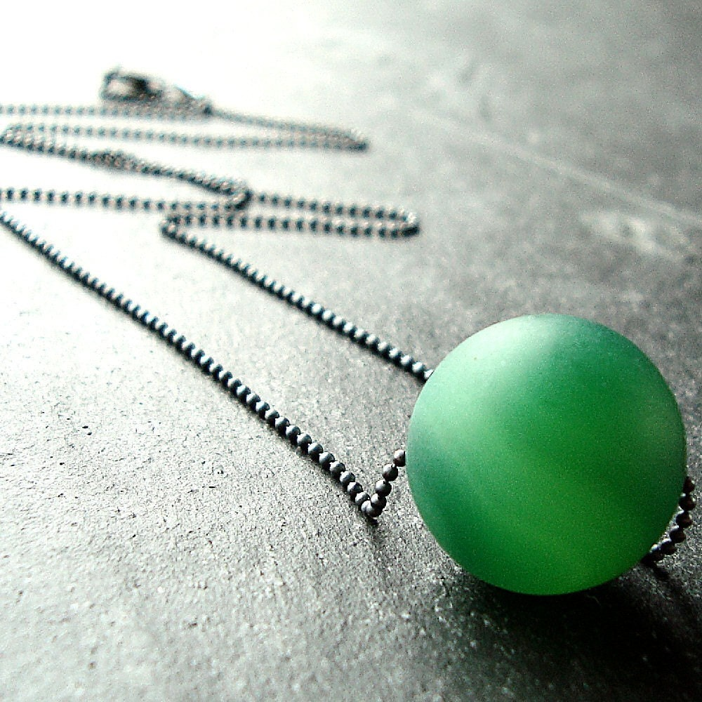 Kelly Green Frosted Agate Oxidized Sterling Silver Necklace - Venus
