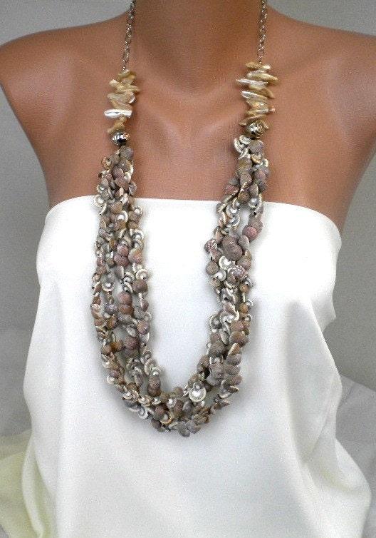 Handmade sea shell necklace by kirevi8 on Etsy