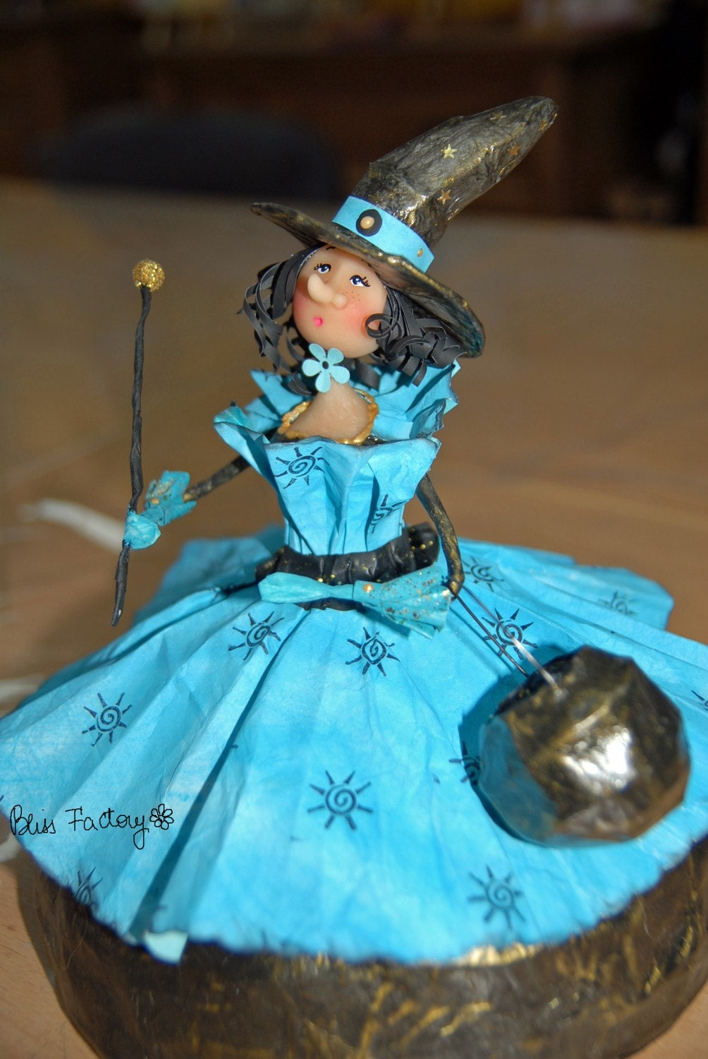 Seraphine, the blue paper witch