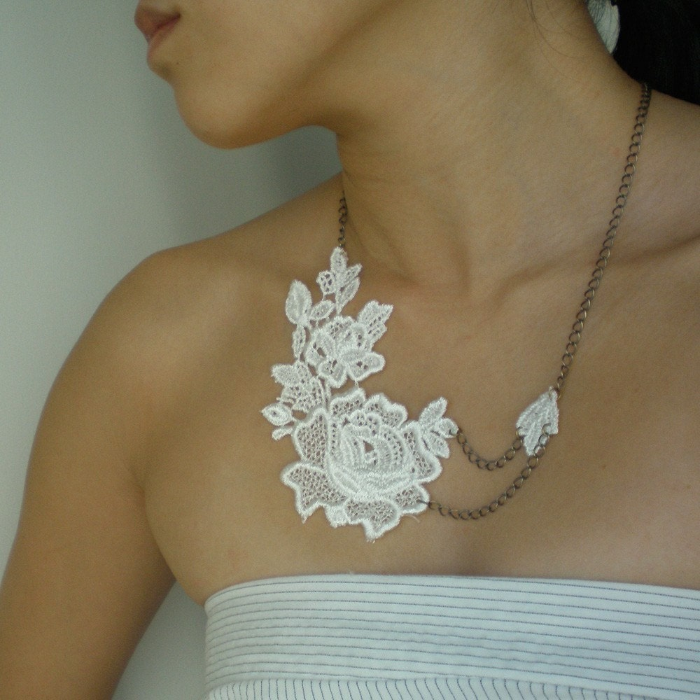Daniella (Ivory) - Lace Brass Necklace