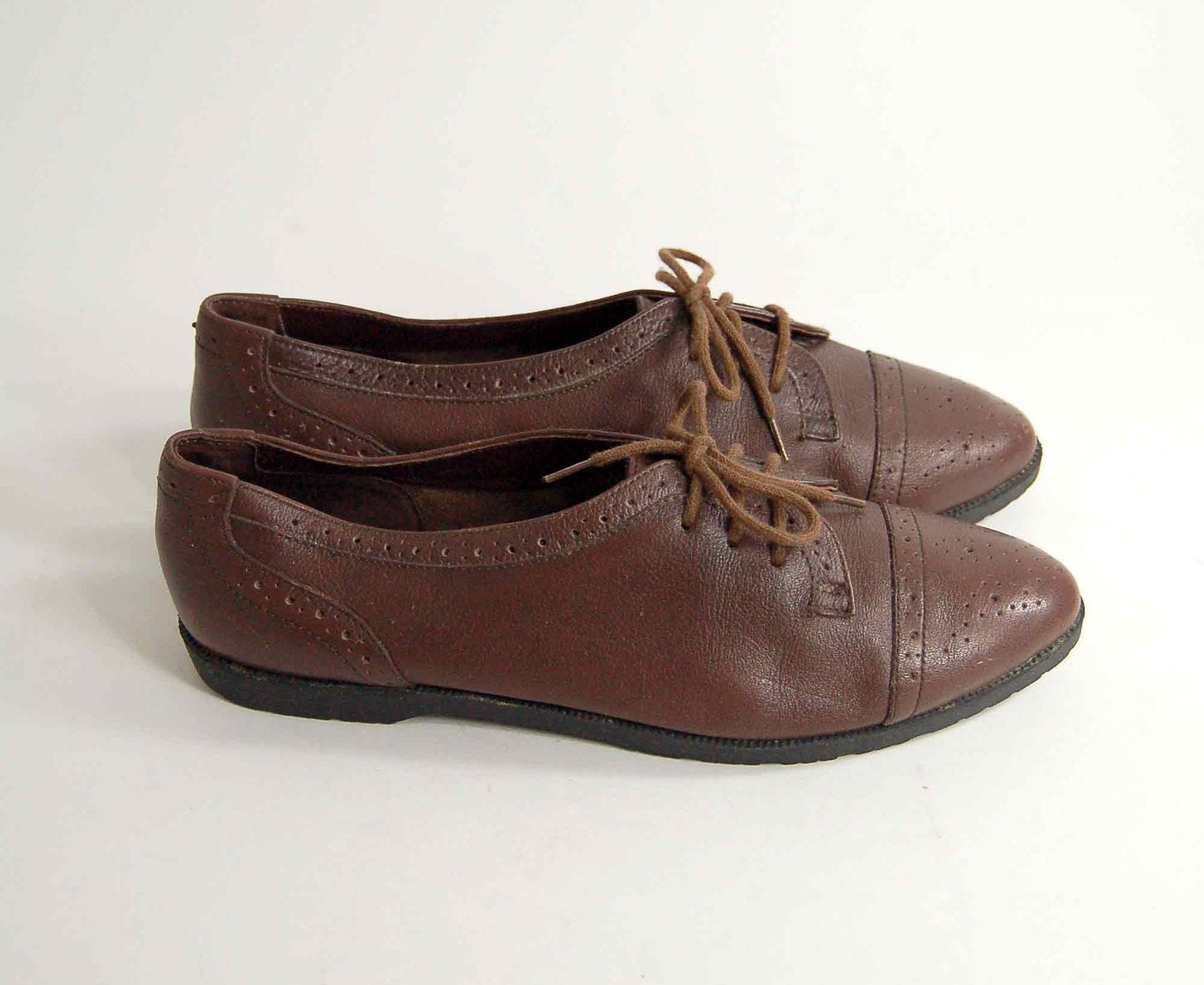 Size 7 Brown LACE UP Leather Minimalist Oxford Brogue Flats