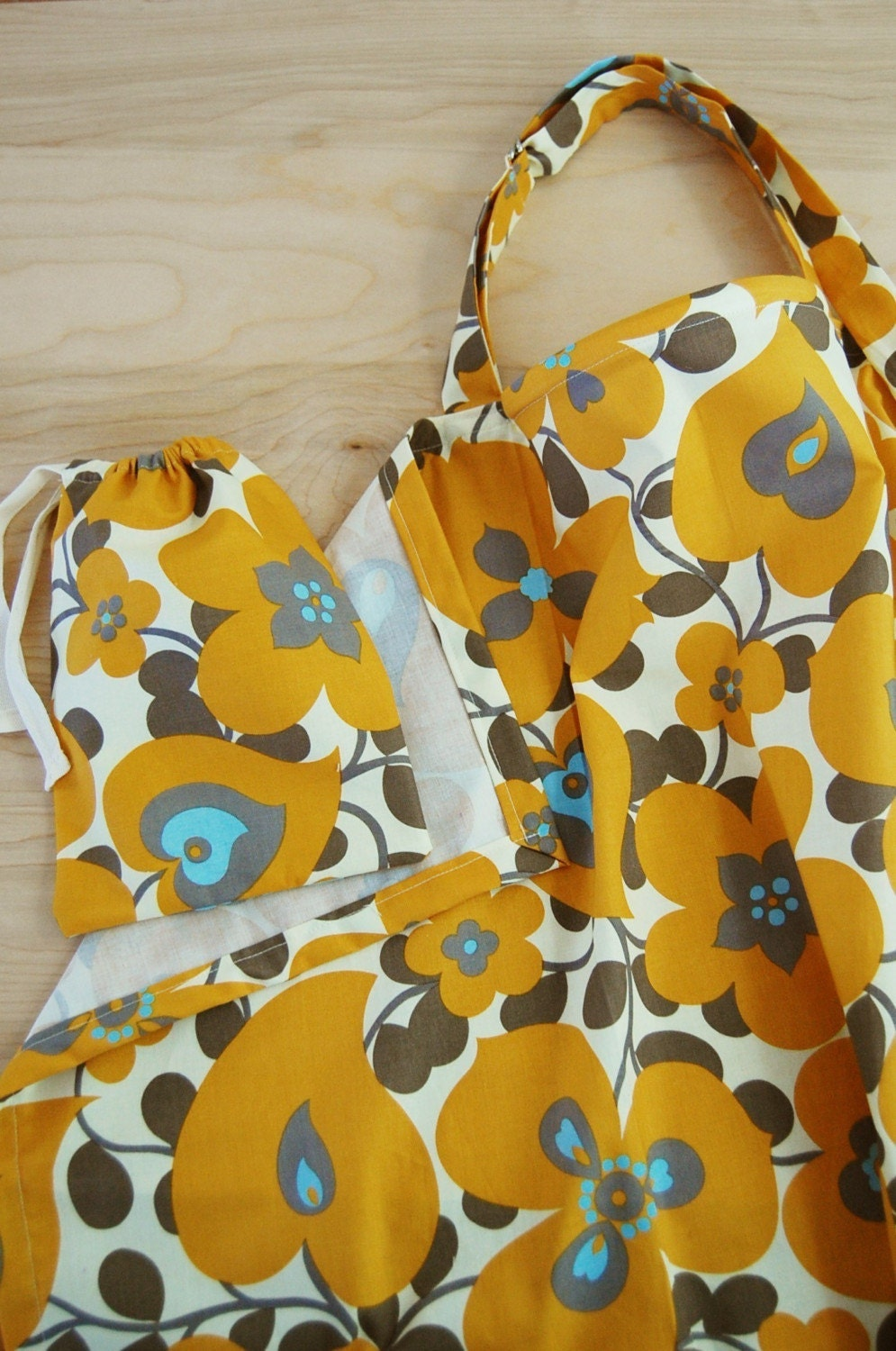 nursing cover. gold morning glory