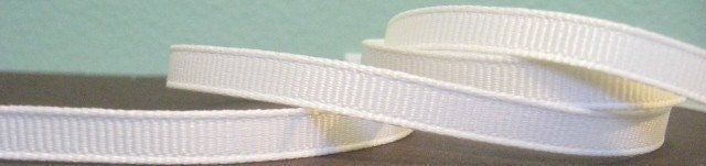 Ivory Antique White Solid Grosgrain Ribbon in 1/4 inches wide